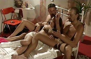 تتمتع في سن المراهقة الألمانية الساخنة موانئ دبي مؤلمة من قبل اثنين من الأصدقاء.