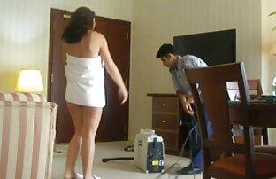 نصف عارية عربية زوجة وقحة عامل فندق آخر