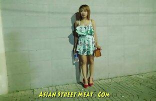 مهجورة الحمار في الأحياء الفقيرة الآسيوية بناتي السمين