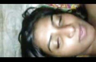 فتاة هندية مع