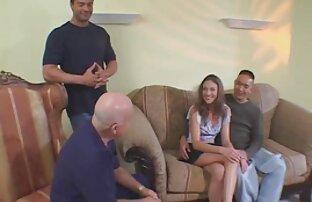 زوجة صغيرة مثيرة على مواقف جنسية مذهلة مع ممثل