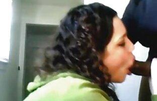 فتاة بيضاء الملاعين من الصعب ديك أسود عاريا في فيديو صورة مثير