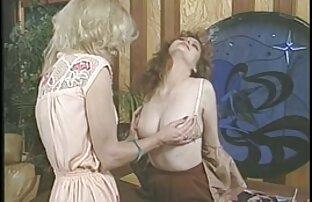 جاكلين ثم فتاة ساخنة وفيلم مثير لها كس لعق الفتاة والكلب