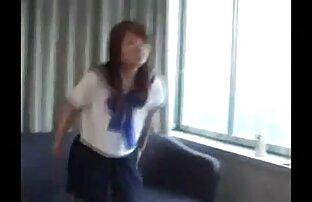 فتاة في مدرسة المطر