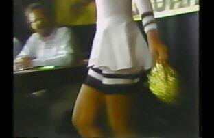 زوجتي ترقص في مسابقة البيكيني لشركتي