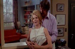انجي ديكنسون -1971 الخادمات الجميلات في صف واحد