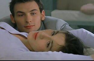 مشهد من تربية الديوث الرومانسية 1999