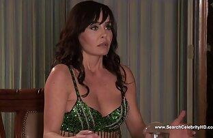 كيلي مكارتي في فيلم Busty Housewives 2012 في بيفرلي هيلز