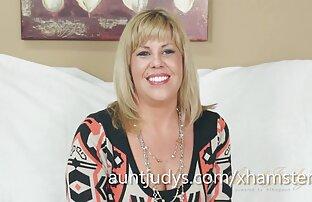 مقابلة كايلا لارسون مع بعض الاستمناء مكافأة