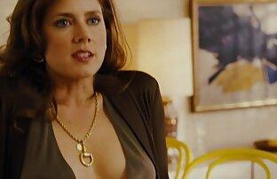 ايمي ادامز في مشهد الجنس الطاولة