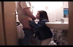 الابنة لا تعطي والدها وظيفة اللسان