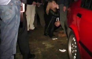 Elle Pipe Sur وقوف السيارات للأمم المتحدة -