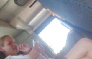 امض كلاريون لمدة 2 من المراهقين الساخنة في الحافلة 2